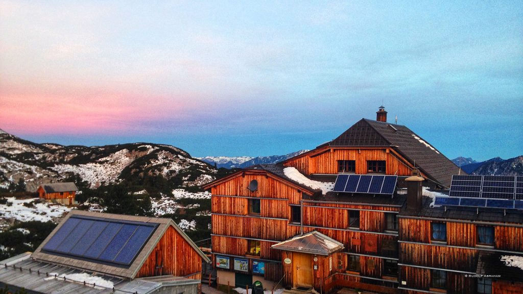 Rudolf-Abraham-travel-writer-photographer-author-Croatia-Slovenia-France-Austria-Montenegro-Eastern-Europe-hiking-adventure-sustainable-family-phptgraphy
